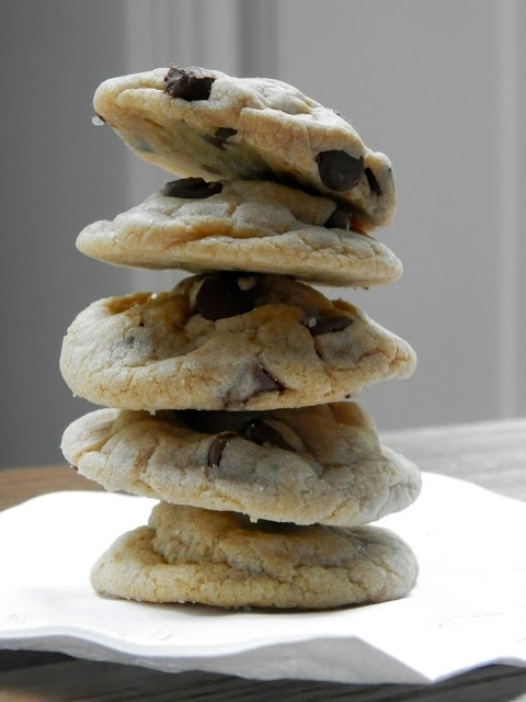 Rolo Cookies | Chocolate Chip Cookies taken to the next level by the ...