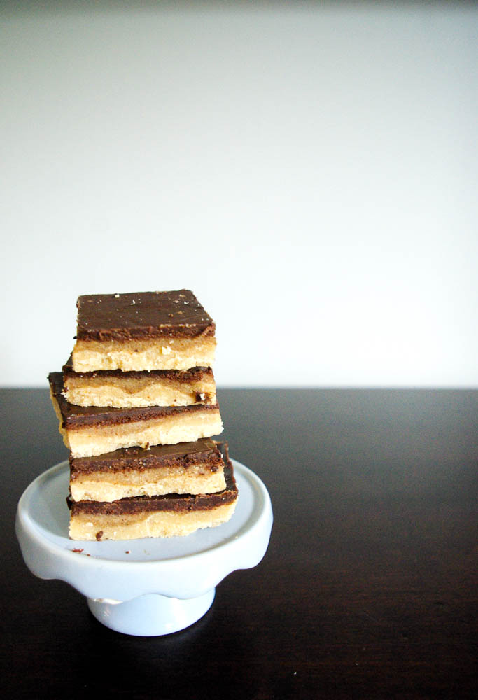 Paleo Millionaire Shortbread | These bars are paleo but my family didn't believe me when I told them. A perfect sweet treat that tastes just like the normal version.