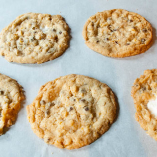 Momofuku Cornflake Crunch Cookies: Mix vs. Cookbook