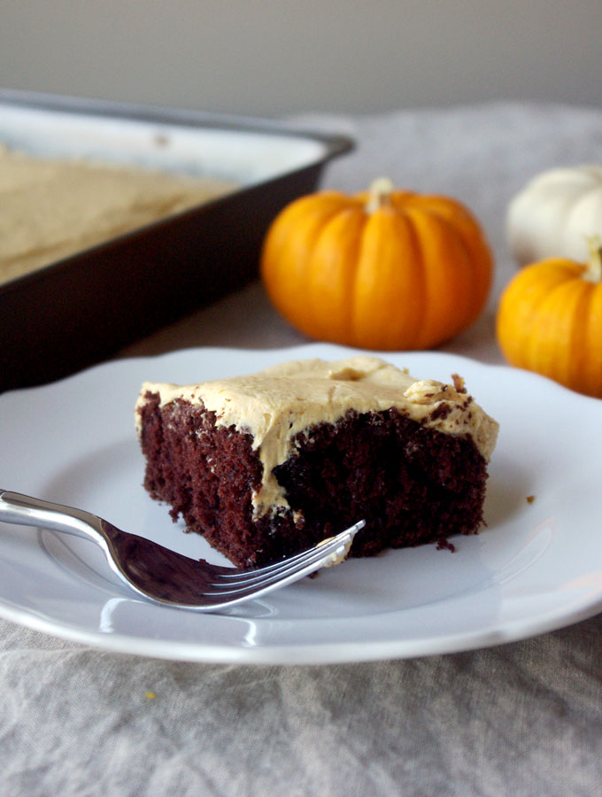 Chocolate Pumpkin Caramel Poke Cake - made with box chocolate cake, this #pumpkin #caramel poke cake is so easy to make but tastes completely homemade, and will delight family and guests throughout the holiday season! | www.thebatterthickens.com